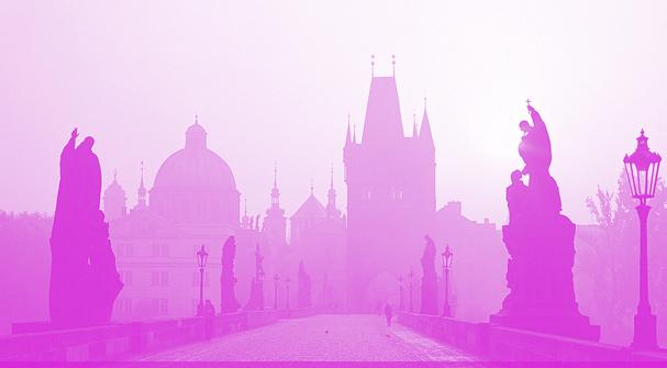 prague-kristin-pink